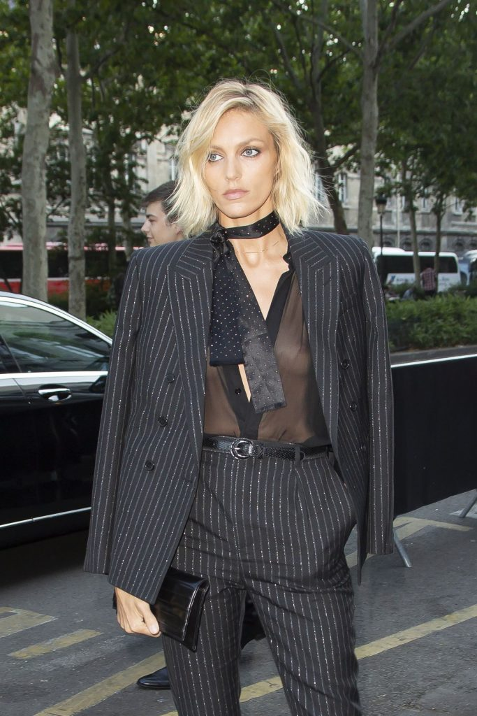 Trendy Blonde Anja Rubik Shows Her Tits in a See-Through Top gallery, pic 2