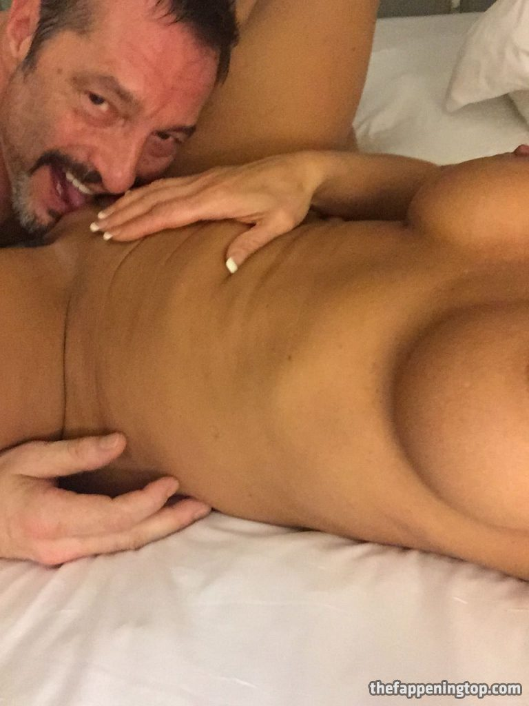 Lisa Marie Varon's Leaked Cunnilingus Pictures and Fappening Shots gallery, pic 46