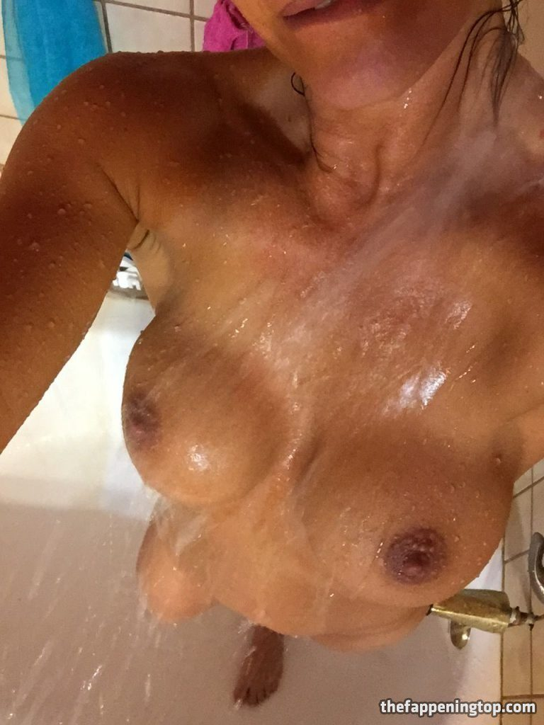 Lisa Marie Varon's Leaked Cunnilingus Pictures and Fappening Shots gallery, pic 50