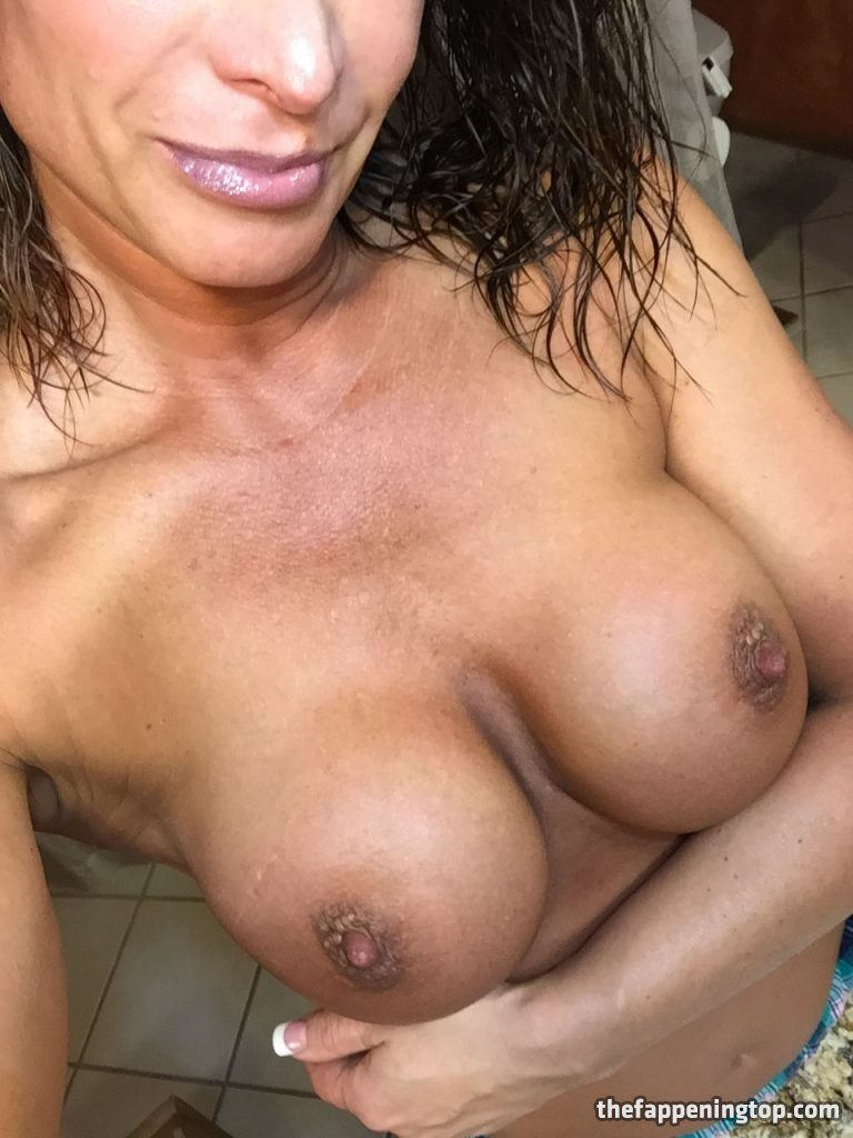 Lisa Marie Varon's Leaked Cunnilingus Pictures and Fappening Shots gallery, pic 55