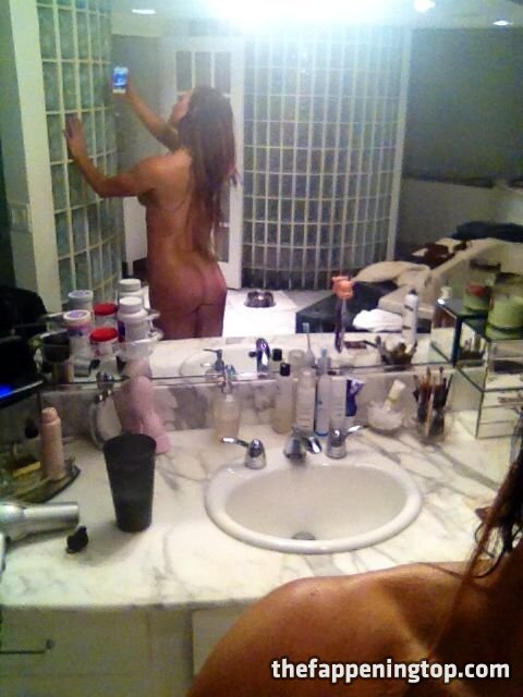 Lisa Marie Varon's Leaked Cunnilingus Pictures and Fappening Shots gallery, pic 72