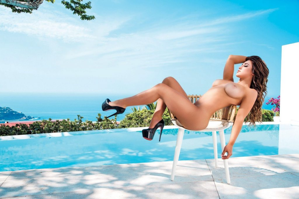 Stefanie Knight Showing Her Immaculate Nude Bod for Playboy gallery, pic 13