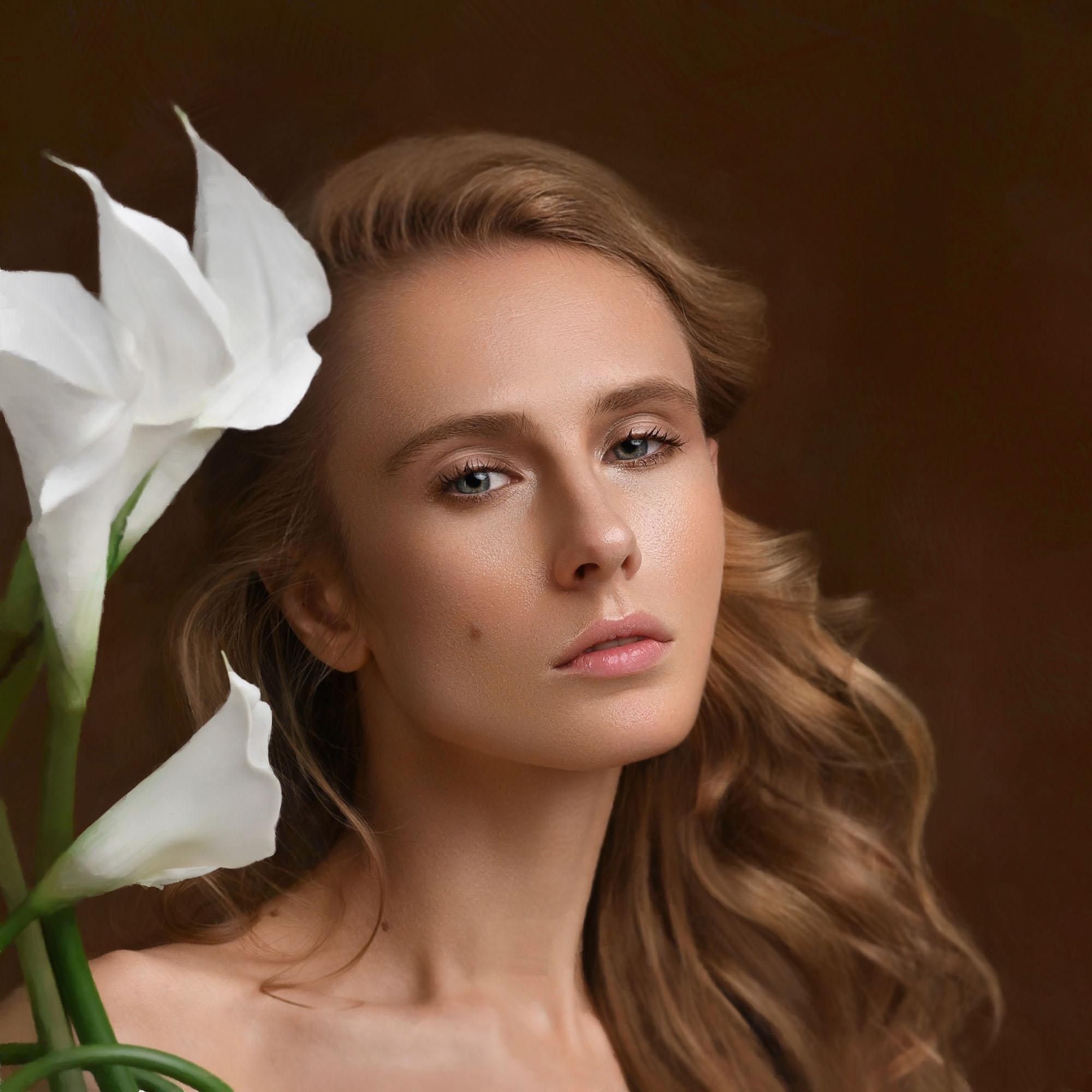 × Model: Natalya Makaruk