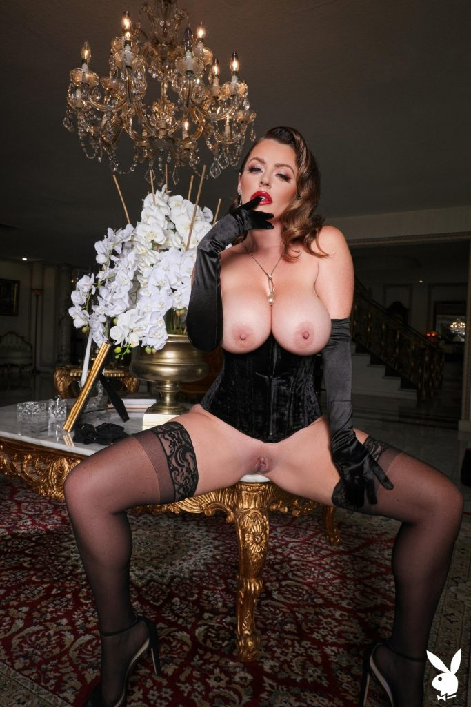 Big-Breasted Pornstar Sophie Dee Prepping to Masturbate in a Hot Gallery, pic 18