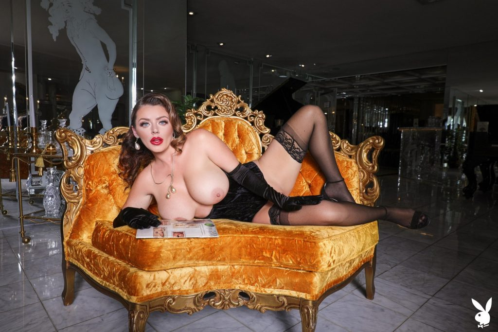 Big-Breasted Pornstar Sophie Dee Prepping to Masturbate in a Hot Gallery, pic 21